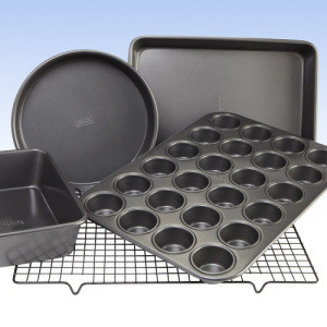 Bakeware Giveaway Ends 4/14